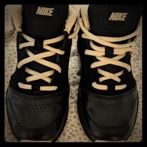 Children's NIKE basketball shoes size 12
